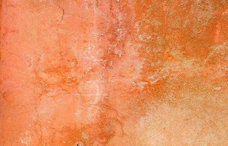 עיצוב של קיר בעזרת ניילון נצמד