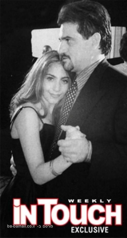 לאידי גאגא כי ילדה
