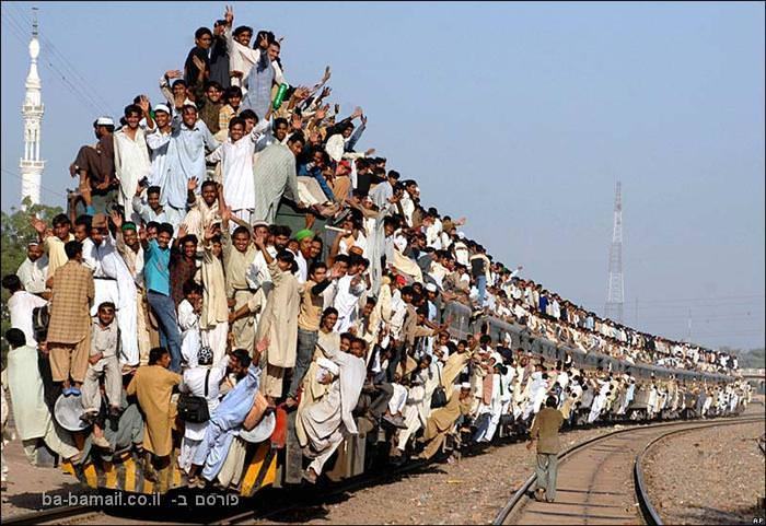 רכבת, רכבות בעולם, פקיסטן