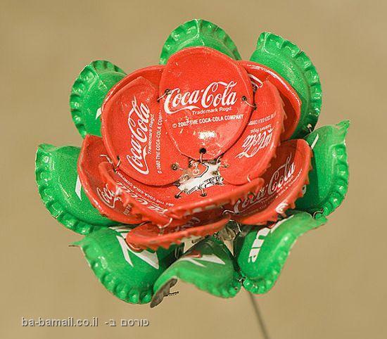 פקקים, קוקה-קולה, אמנות, פרחים, יואב קוטיק