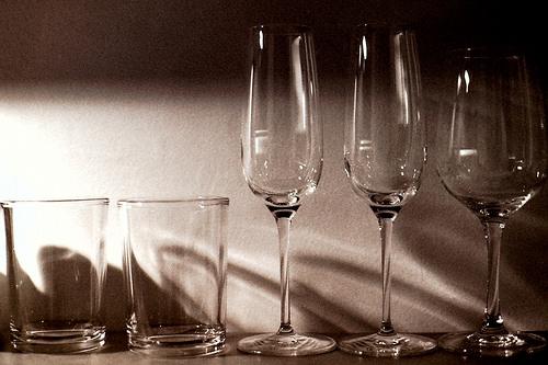 כוסות במלון