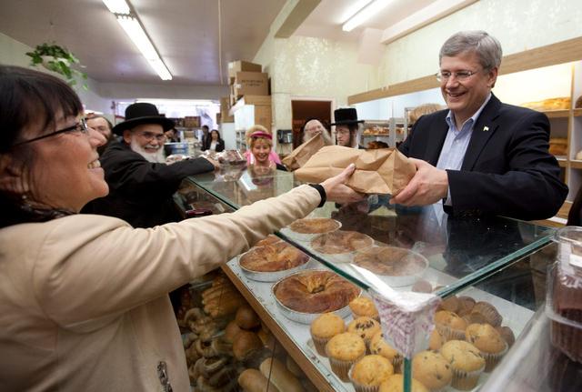 ראש ממשלת קנדה במאפייה כשרה