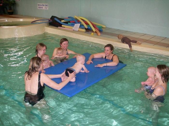 תינוקות שוחים - תמונות מקסימות! (בעריכה)