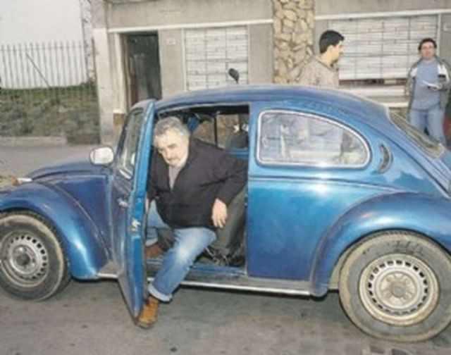 מנהיג אורגוואי הוא הנשיא העני בעולם