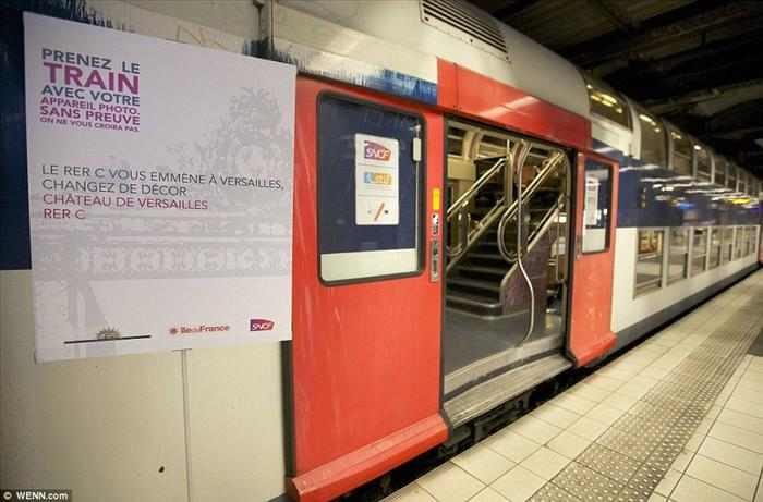 הרכבת המהירה בפריז מעוצבת כארמון ורסאי