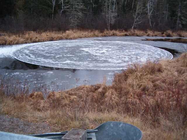 עיגולי קרח מסתובבים - תופעת טבע מדהימה