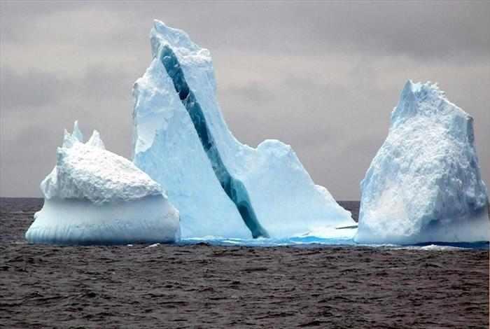 קרחון צבעוני