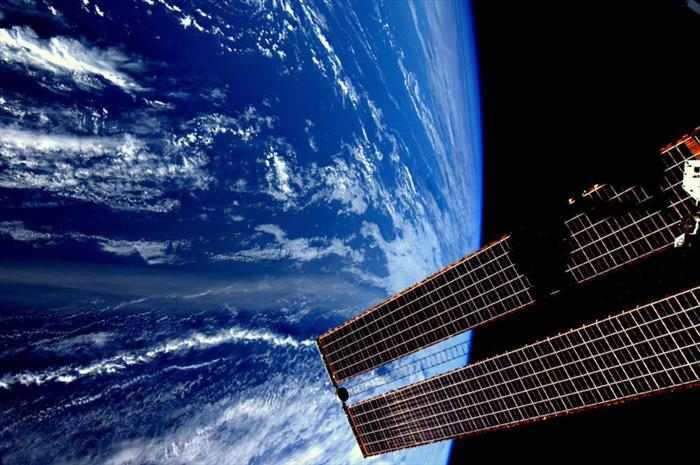 תמונות מהחלל החיצון!
