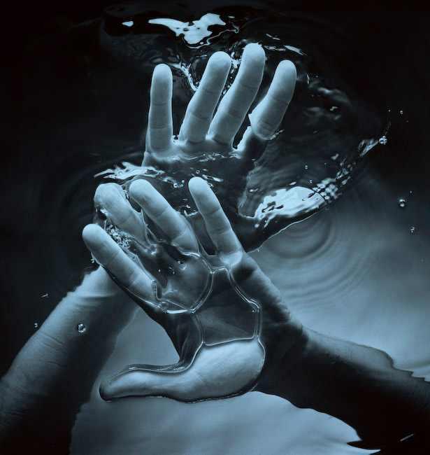 תמונות מדהימות של אמנות עם כפות ידיים