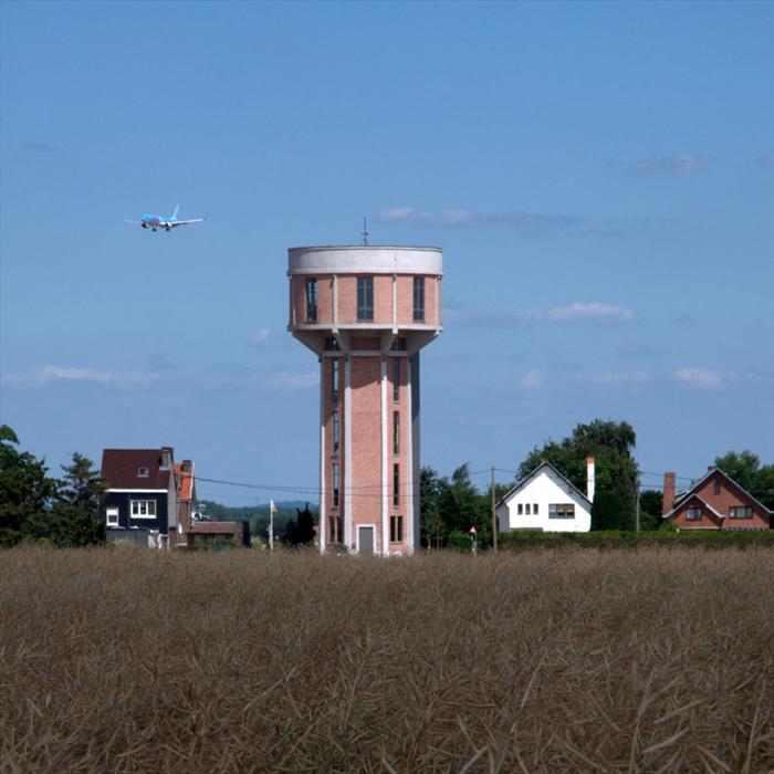 מגדל מים בבלגיה הופך לבית יוקרתי