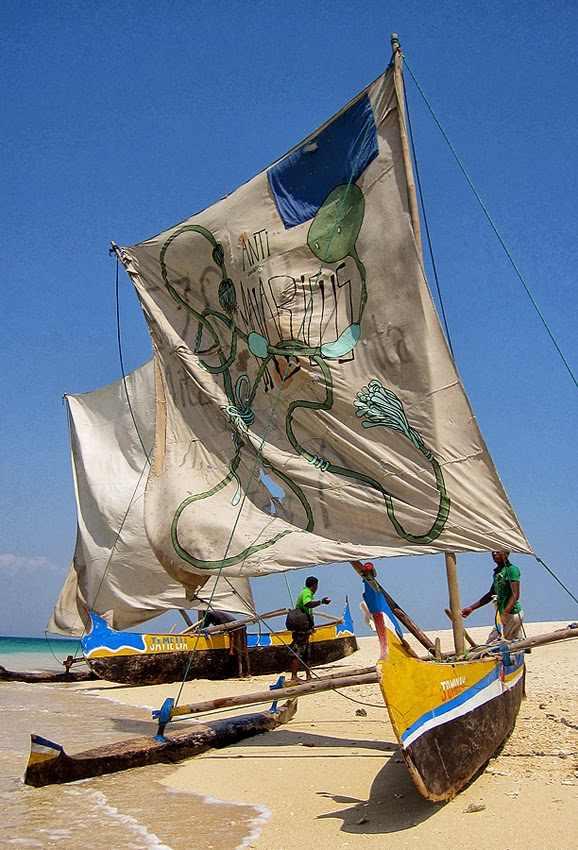 אמנים צובעים מפרשים