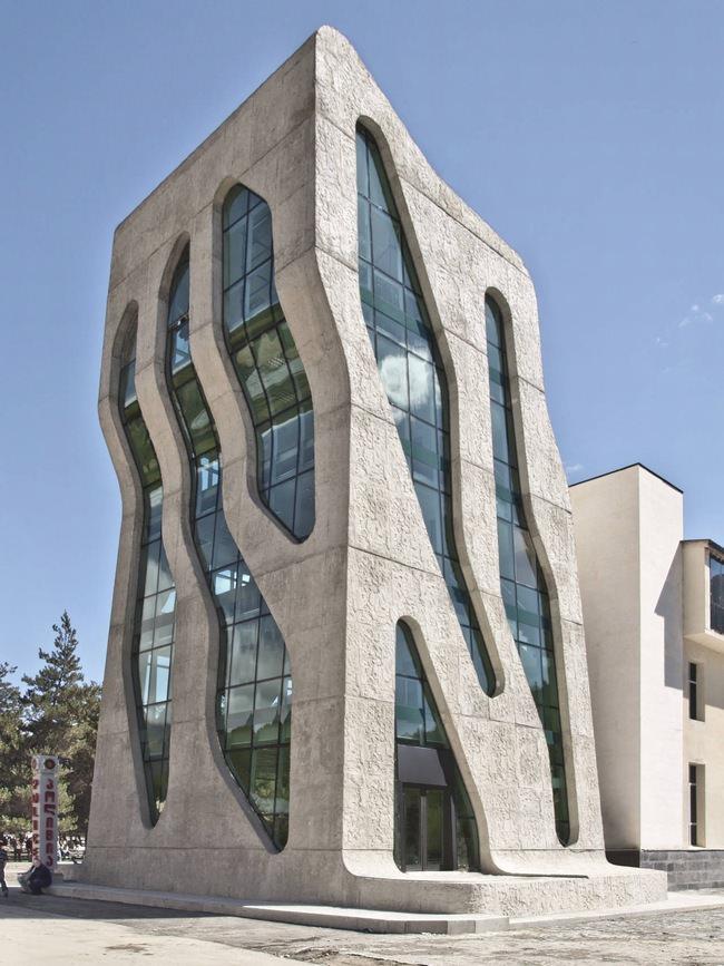 בניינים מוזרים בגאורגיה