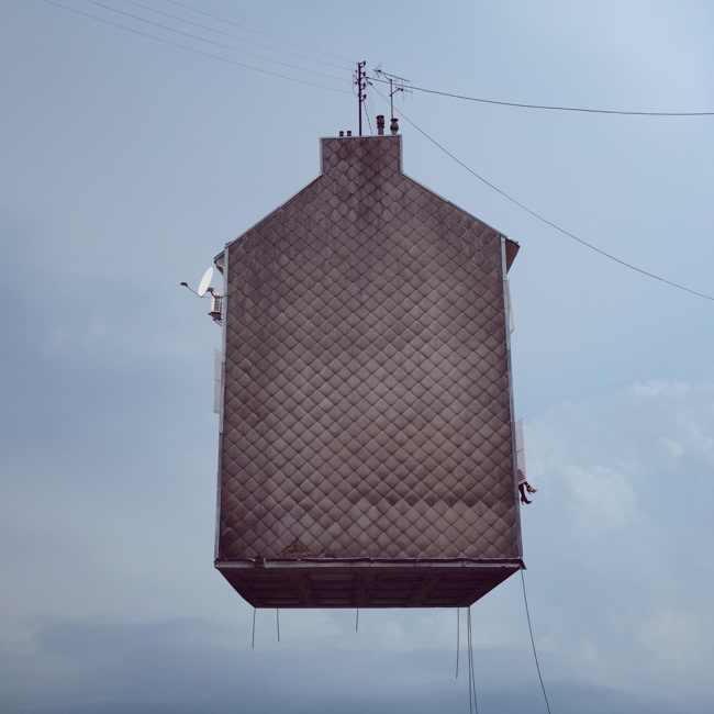 בתים מעופפים