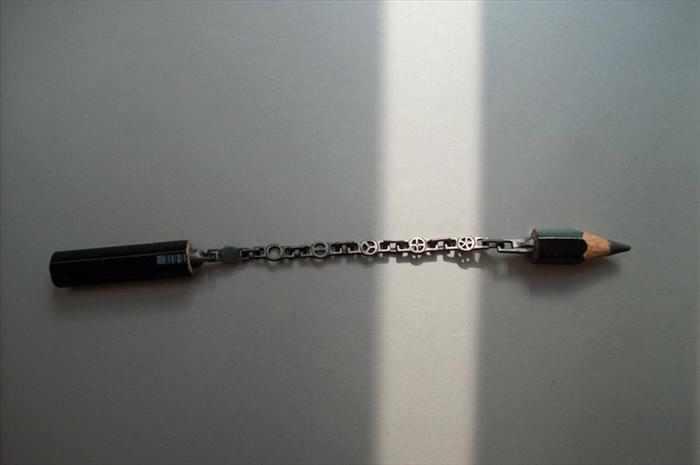 פיסול מדהים בעפרונות