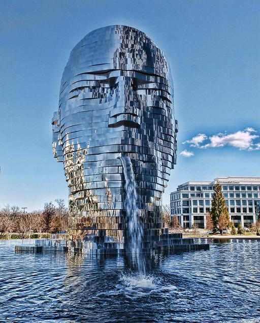 פסלים משוגעים מרחבי העולם