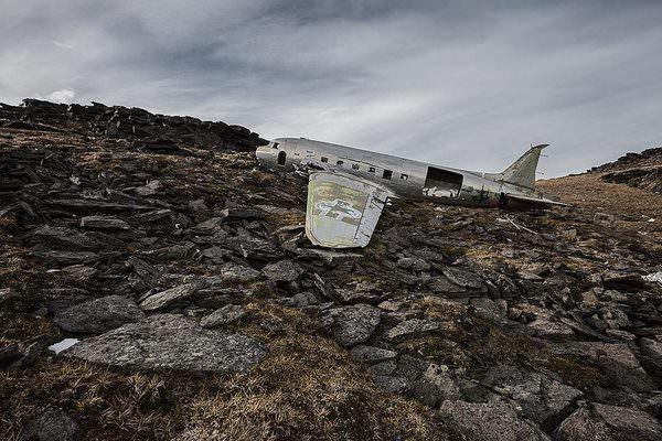 מדהים! תמונות של מטוסים שהתרסקו