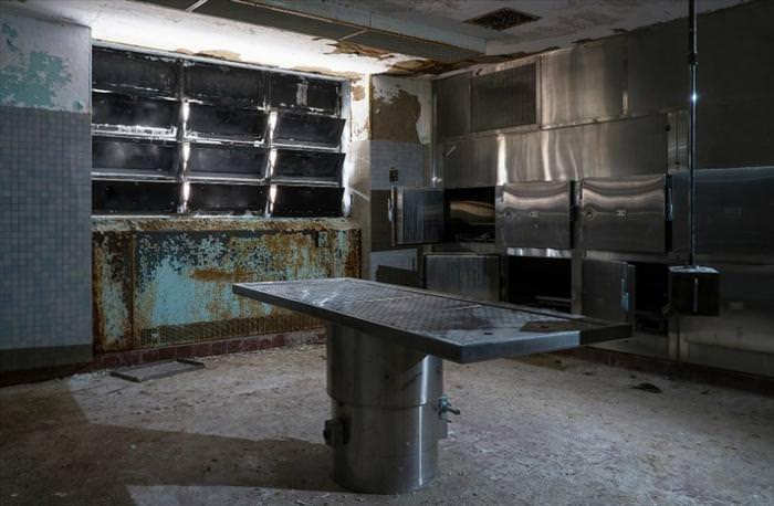בתי חולים נטושים לחולי נפש