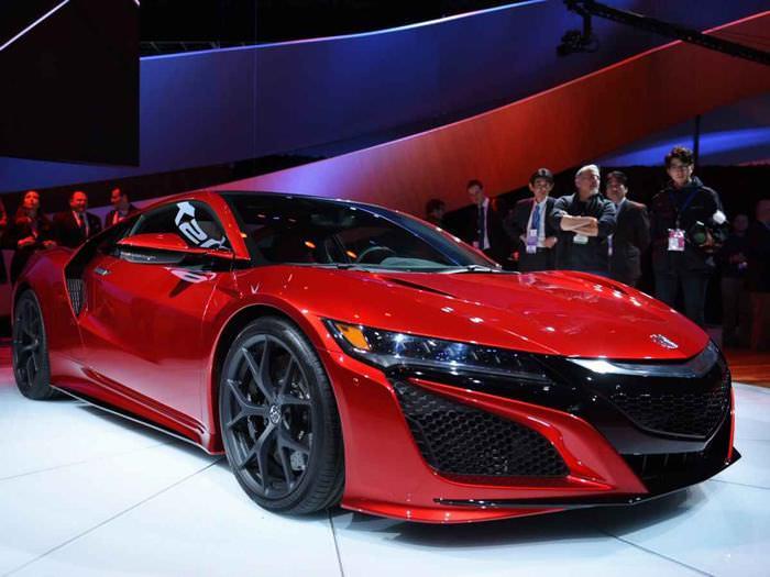 מכוניות 2015