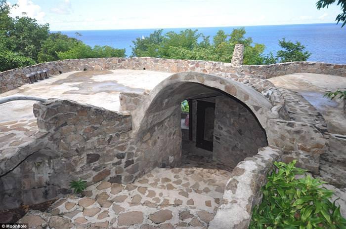 וילות נסתרות באי בקיה