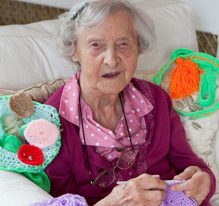 אמנית בת 104