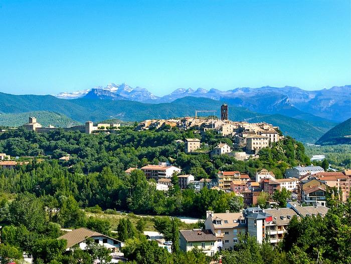 עיירות קטנות בספרד