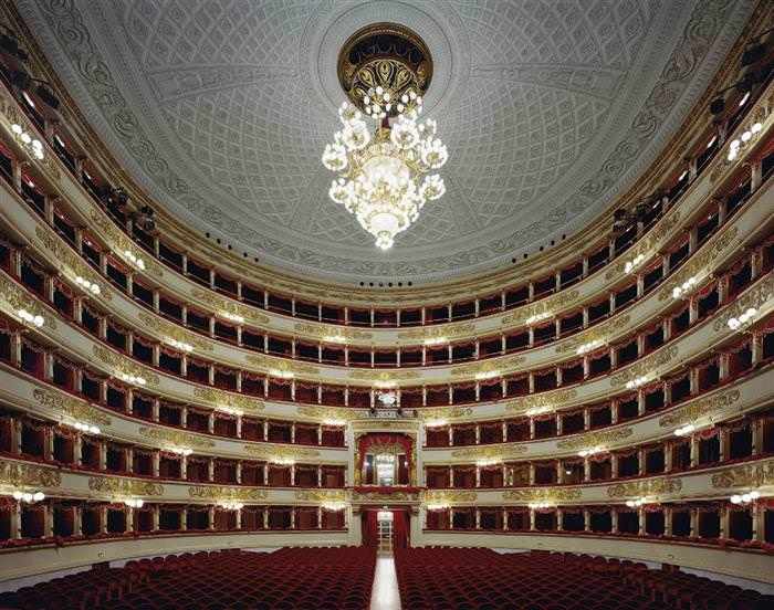 בתי אופרה מדהימים
