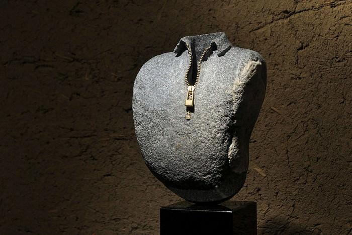 פסלי אבן מיוחדים