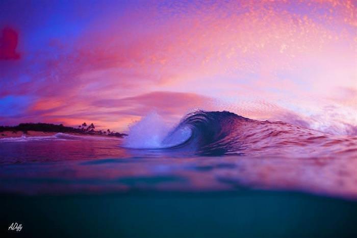 תמונות של גלים וים