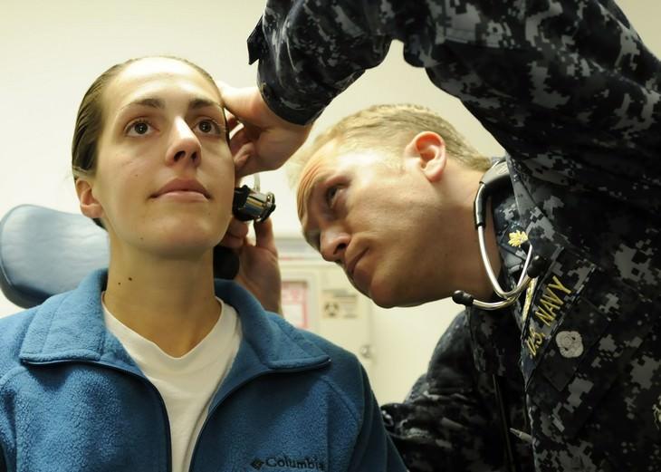 בדיקת אוזניים בצבא