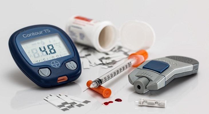 מכשירים למדידת רמות סוכר בדם
