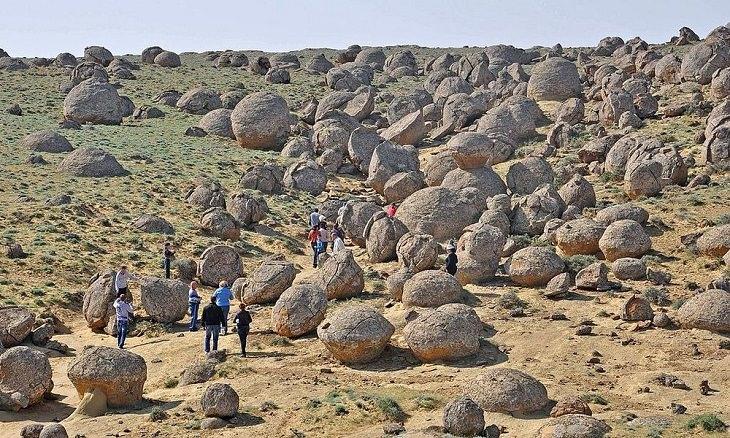 עמק הכדורים של קזחסטן