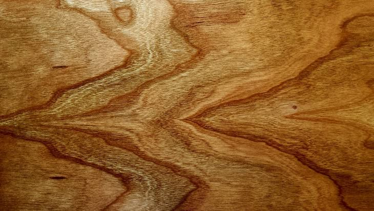 לוח עץ