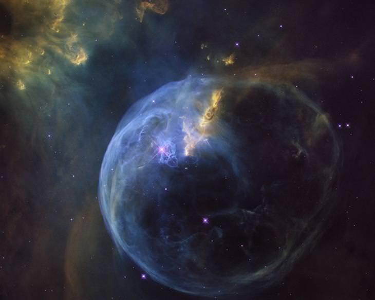 תמונות מטלסקופ החלל האבל