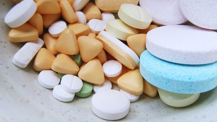 תרופות שונות לטיפול בצרבת