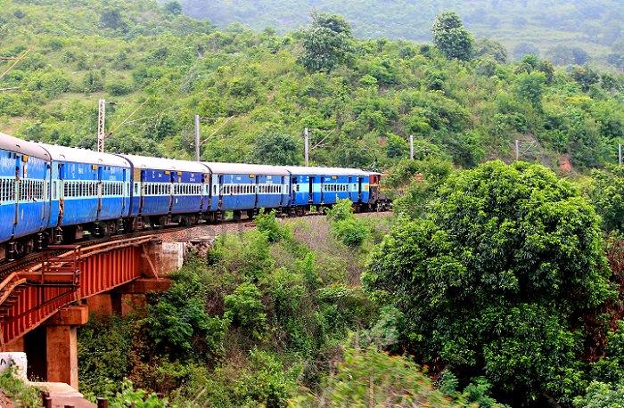 מסלולי הרכבות בהודו