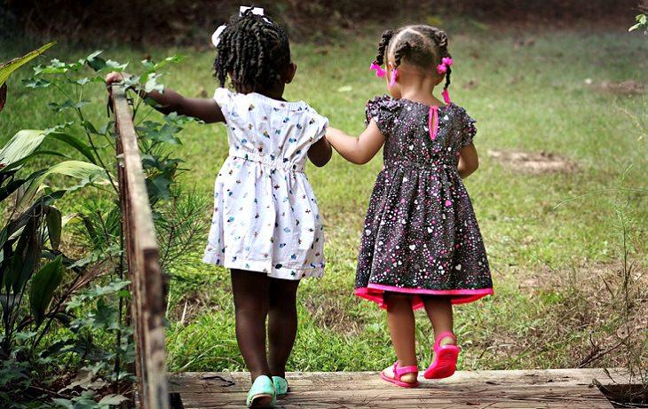 שיעורים שמבוגרים יכולים ללמוד מילדים