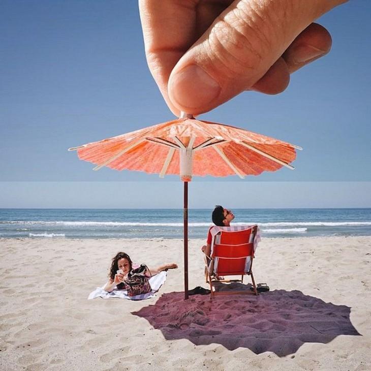 מטריית קוקטייל שמגנה על נופשים בים