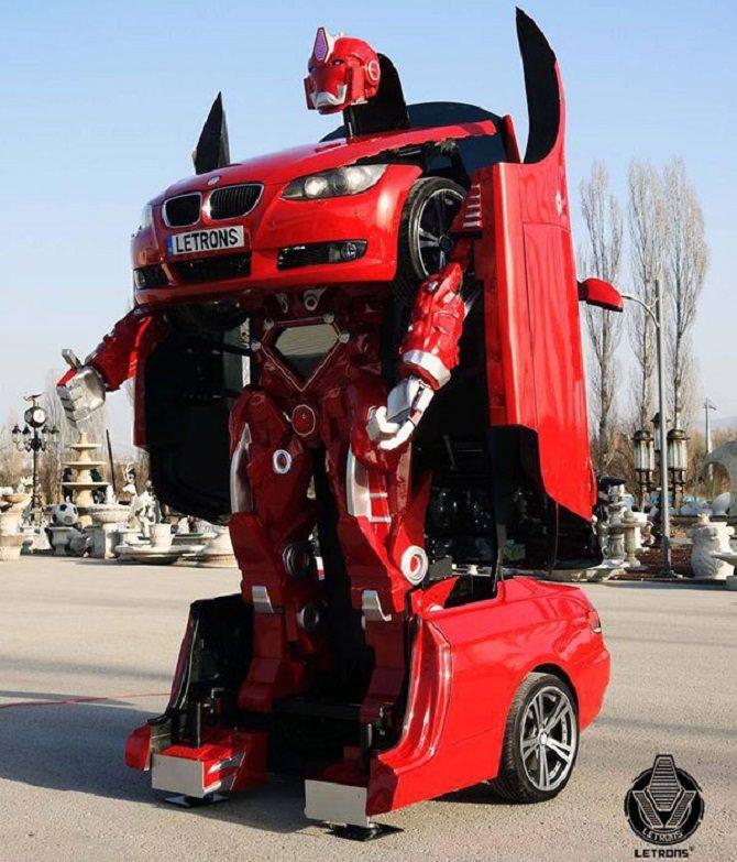 דגם המכונית לאחר שהפך לרובוט
