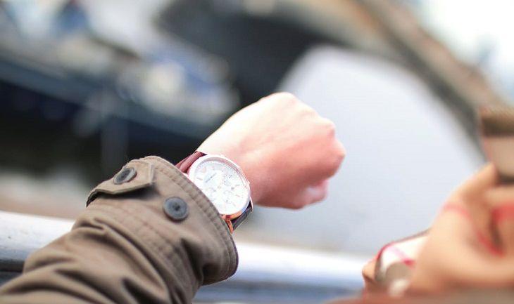יד עם שעון