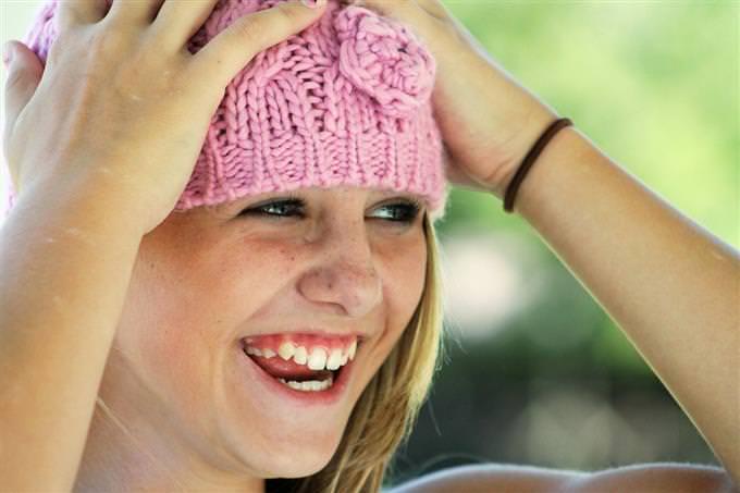 מבחן אישיות ורגשות: ילדה צוחקת