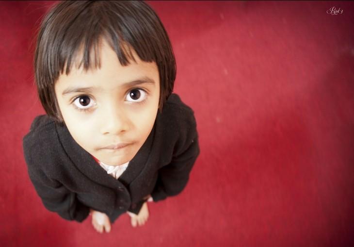 צילום של ילד מלמעלה