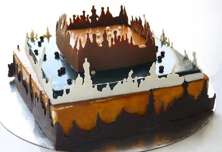עוגה עם בנייני שוקולד