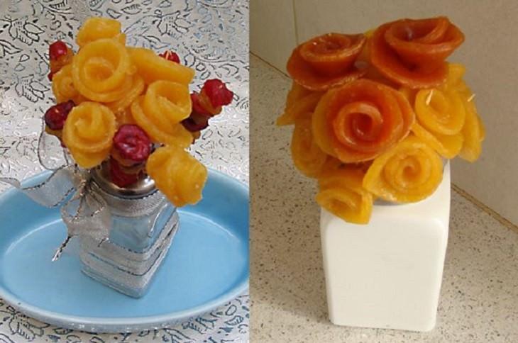 פרחים עשויים מלדר של פירות