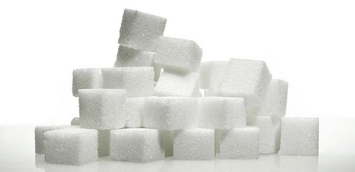 קוביות סוכר בערימה