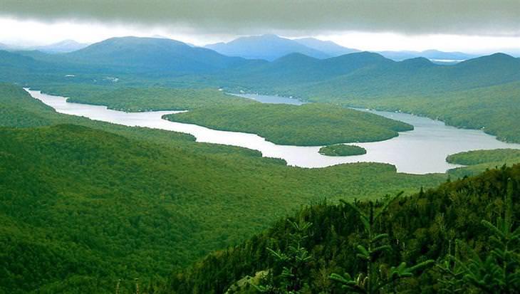 אגם פלסיד