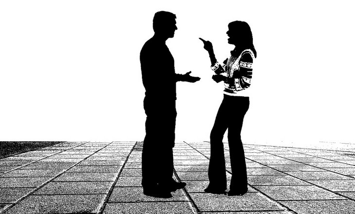 איור של זוג מתווכח