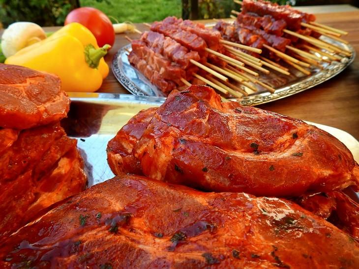 בשר מצופה במרינדה