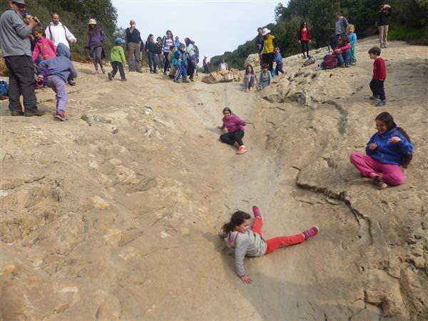 מסלול משפחות: מנס הרים למוצא נחל מערה