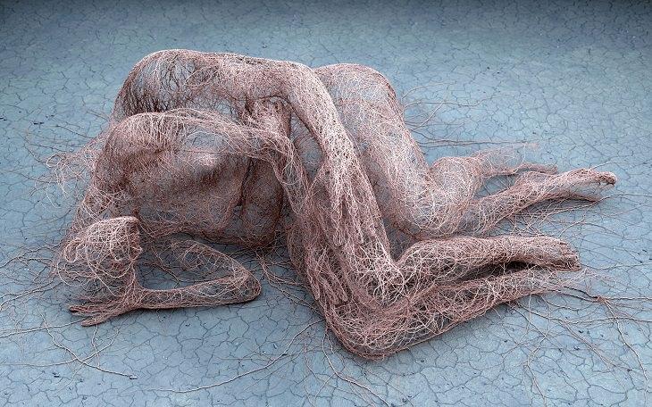 שאריות זכרון - אדם מרטינאקיס