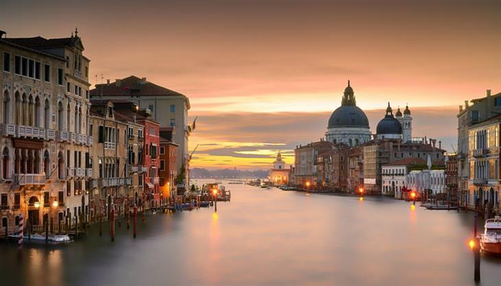 ונציה בשקיעה